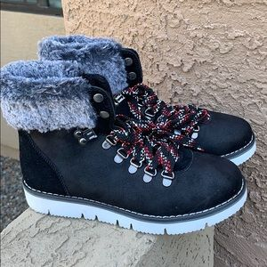 Skechers Bobs Rocky Urban Hiker Ankle boots New 6